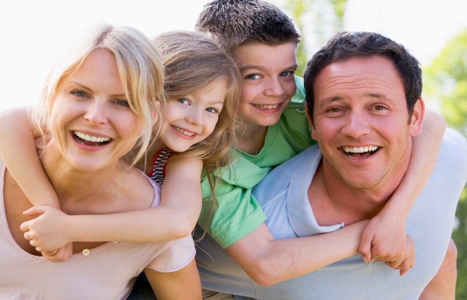 Get Out and Active as a Family during Family Fit Month | Knoxville, TN Walk-In Clinic